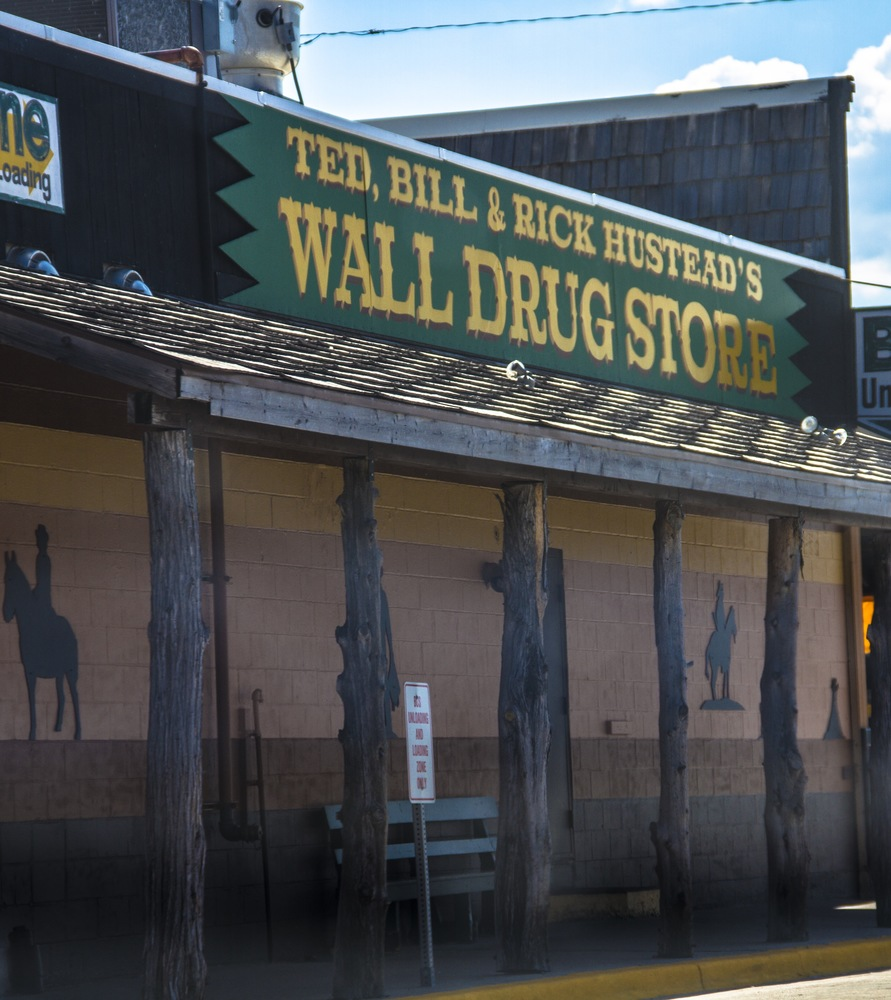 Article 1490030903 walldrug